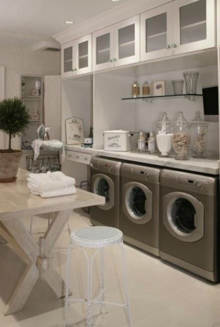 Here Are 21 Brilliant Ways to Decorate the Laundry Room | TipHero