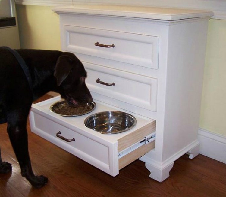 Pet Feeding Drawer
