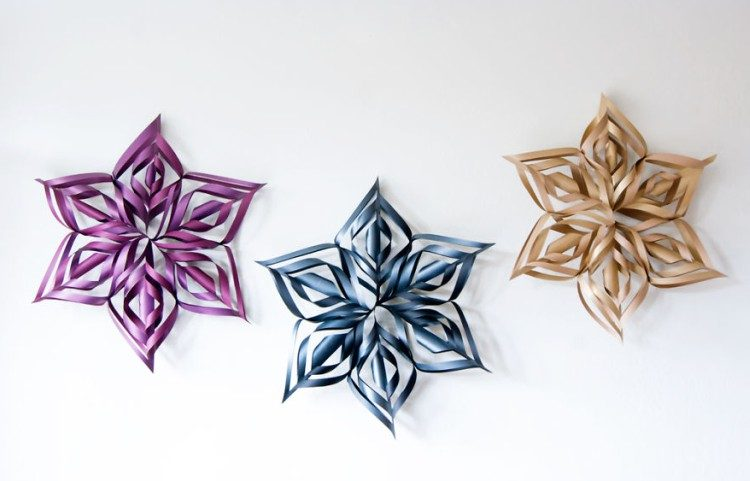 how to make these huge decorative snowflakes tiphero