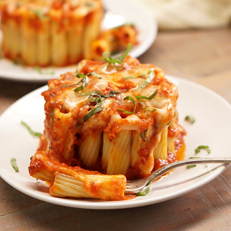 Rigatoni Pasta Pie in a Mug