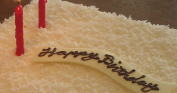 Closeup of cake frosting.