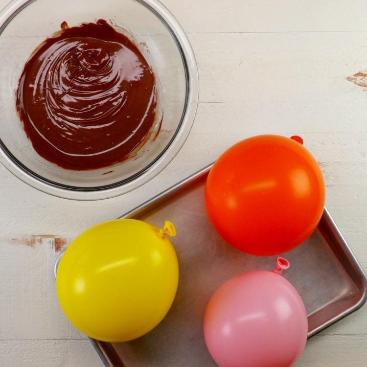 Balloon Party Hacks: Chocolate Bowls