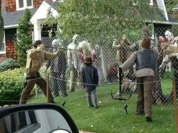 Walking Dead Halloween decor.