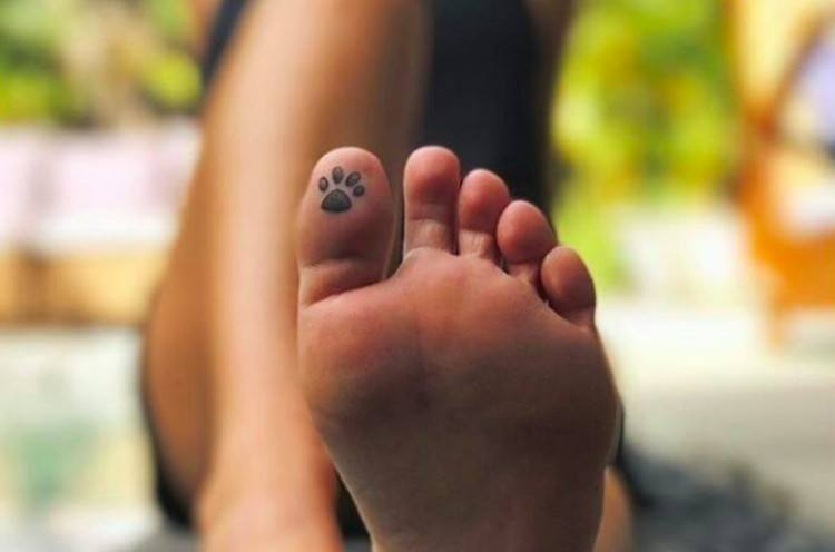 tattoo toe